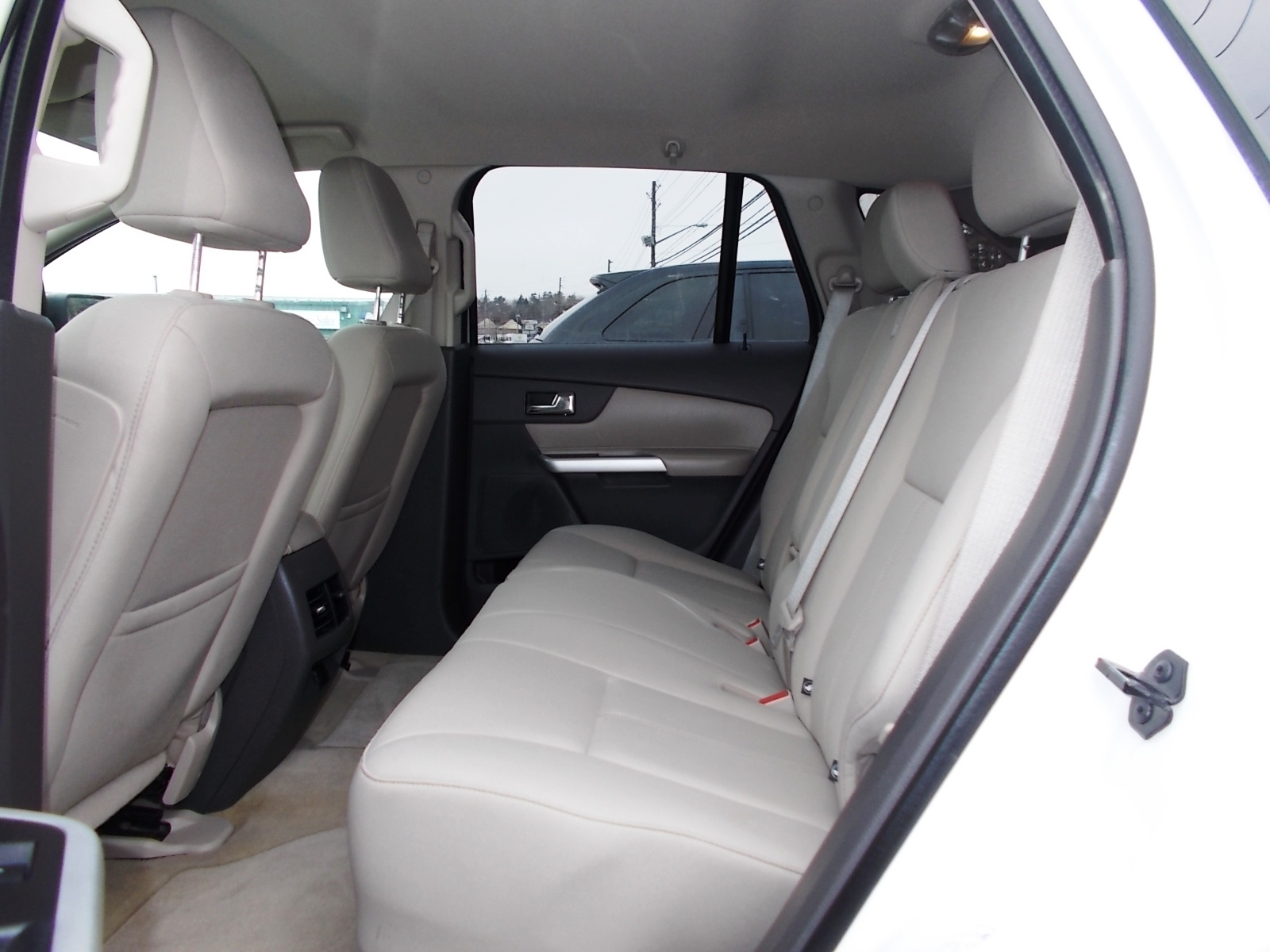 2011 ford edge 9 back seats lindo tibbs auto sales. Black Bedroom Furniture Sets. Home Design Ideas